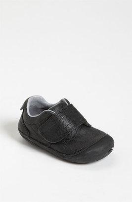 Stride Rite 'Gary' Sneaker (Baby & Walker)