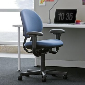 Steelcase Criterion Task Chair Upholstery Color: Buzz2 - Atlantic, Casters/Glides: Standard Carpet Caster