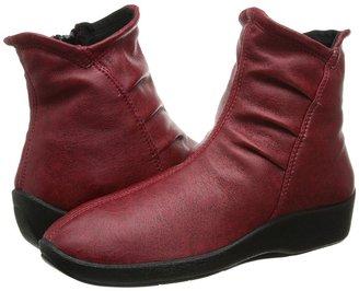 Arcopedico - L19 Women's Zip Boots $125 thestylecure.com