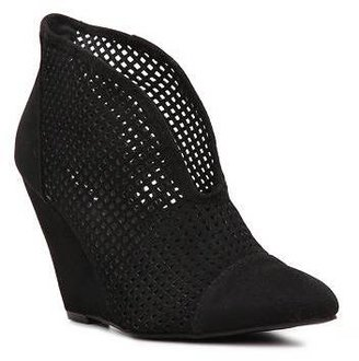 Qupid Maddox-11 Wedge Bootie