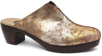 "Salpy Eve"" Pewter- Bronze-Silver Leaf Patterned Handmade Leather Clog"