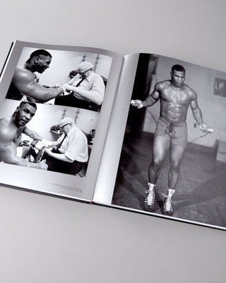 """Graphic Image Knockout: The Art of Boxing"""" Book"""
