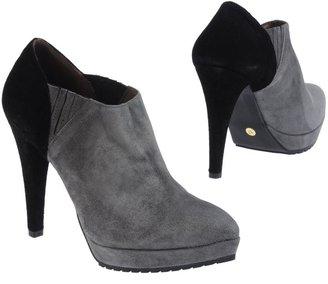Parentesi Shoe boots