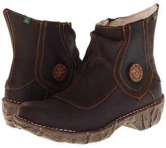 El Naturalista Iggdrasil N150 (Brown/Coffee) - Footwear