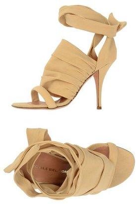 Nicole Brundage High-heeled sandals