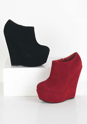 Alloy Cara Ankle Bootie