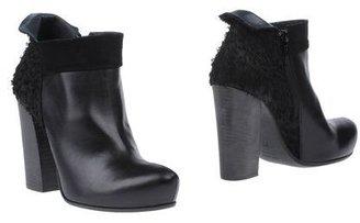 Malloni Shoe boots