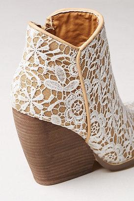 Anthropologie Tallulah Crochet Booties