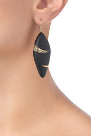 Alexis Bittar Durban Small Stripe Earring in Black
