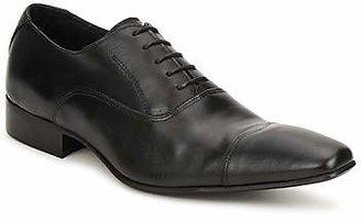 Carlington RININE men's Smart / Formal Shoes in Black