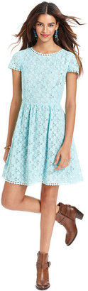 Kensie Go Red Dress, Short-Sleeve High-Neck Lace A-Line