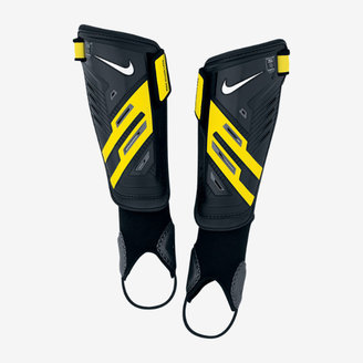 Nike Protegga Shield Boys' Soccer Shin Guards (Medium/1Pair)