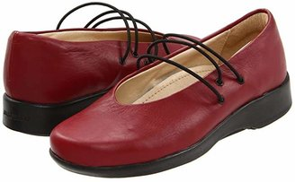 ARCOPEDICO Rose (Cherry) Women's Shoes
