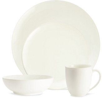 Noritake Dinnerware, Colorwave White Coupe 4-Piece Place Setting