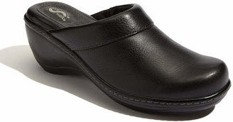 SoftWalk R) 'Murietta' Clog