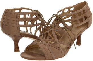 Stuart Weitzman Tieoneon (Tan Nubuck) - Footwear