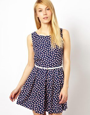 Yumi Heart Print Dress With Belt - Navy
