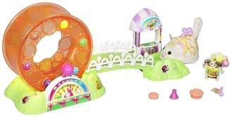 FurReal Friends Furry Frenzies Whirl Around Playground