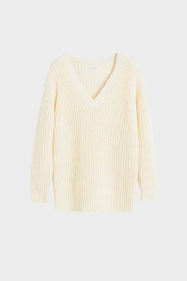 Chinti and Parker Cream Le Soir V Neck Sweater