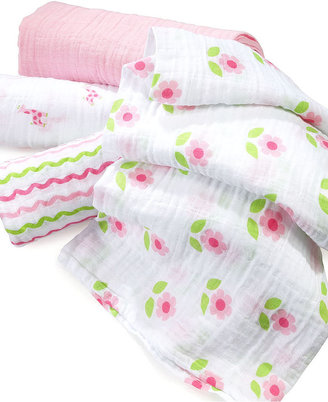 First Impressions Baby Set, Baby Boys or Baby Girls 4 Pack Swaddle Blankets