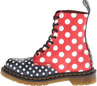 Dr. Martens Chay 8-Eye Boot
