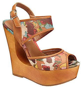 Steve Madden Draagon Wedge Sandals