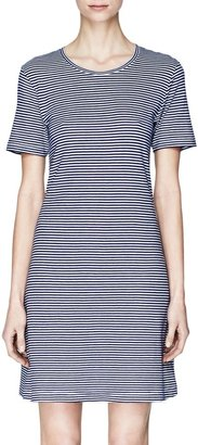 Theory Cherry Dress in Kalix