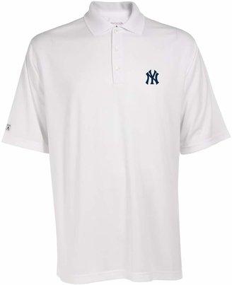 Antigua Men's New York Yankees Exceed Performance Polo
