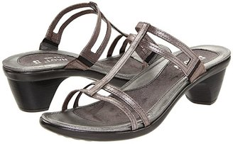 Naot Footwear Loop (Black Raven Leather) Women's Sandals