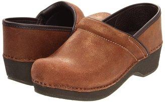 Dansko Crepe Pro (Bronze Vintage Suede) - Footwear