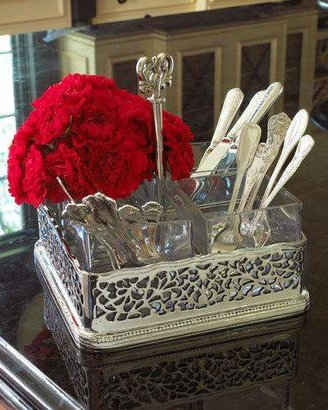 Godinger Pierced Flatware Caddy