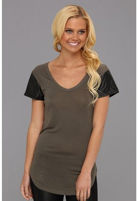 Type Z Cheri Top Women's T Shirt