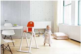 Svan Baby To Booster Bentwood High Chair - White
