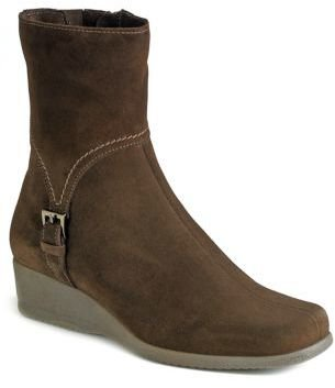 La Canadienne Laverna Suede Wedge Boots