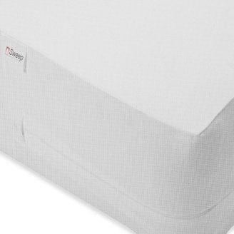 Bed Bath & Beyond Sweep™ Bed Bug King Zippered Treated Box Spring Protector