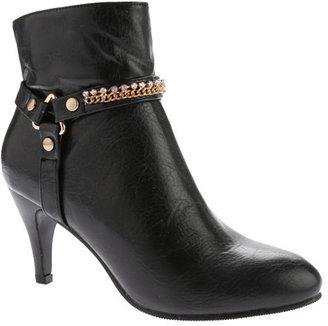 Women's Annie Sleek $79.95 thestylecure.com