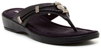 Minnetonka Silverthorne Thong Sandal $49.95 thestylecure.com