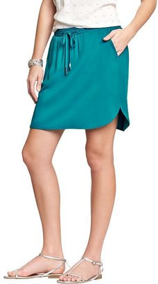 Old Navy Women's Dolphin-Hem Skirts