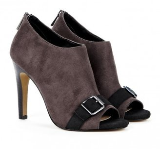 Sole Society Chrissy ankle bootie