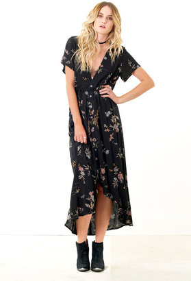 Saltwater Luxe - Bombshell Maxi Floral $168 thestylecure.com