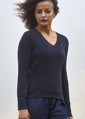 Callina Style - Emma V-Neck Lace Collar Pullover In Indigo