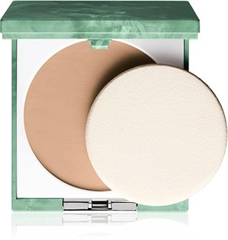 Clinique Almost Powder Makeup Broad Spectrum SPF 15 |