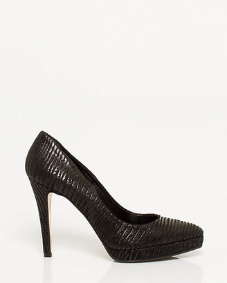 Le Château Italian Made Faux Leather Pump
