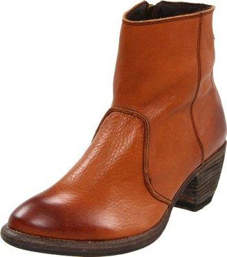 Blackstone Women's CW84 Ankle Boot