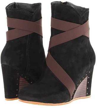 UGG Taleen (Black) - Footwear