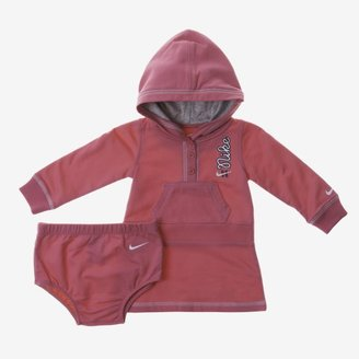 Nike Essential Two-Piece Newborn Girls' Dress Set