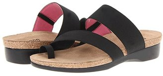 Munro American Aries (Black Fabric) Women's Sandals