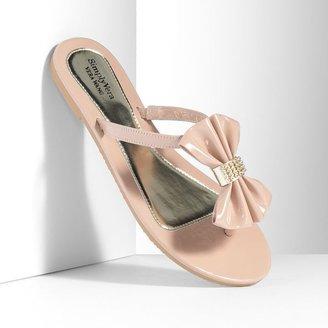 Vera Wang Simply vera rhinestone bow patent flip-flops