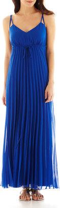 Bisou Bisou Pleated Maxi Dress