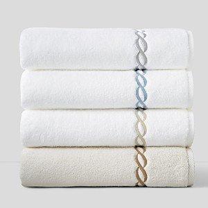 Matouk Classic Chain Fingertip Towel